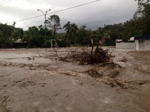 Inundación detonada por la tormenta del 30 de octubre de 2015